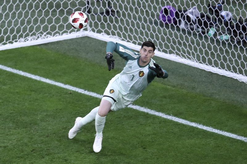 0d410dbea Chelsea signs goalkeeper Kepa after Courtois joins Madrid