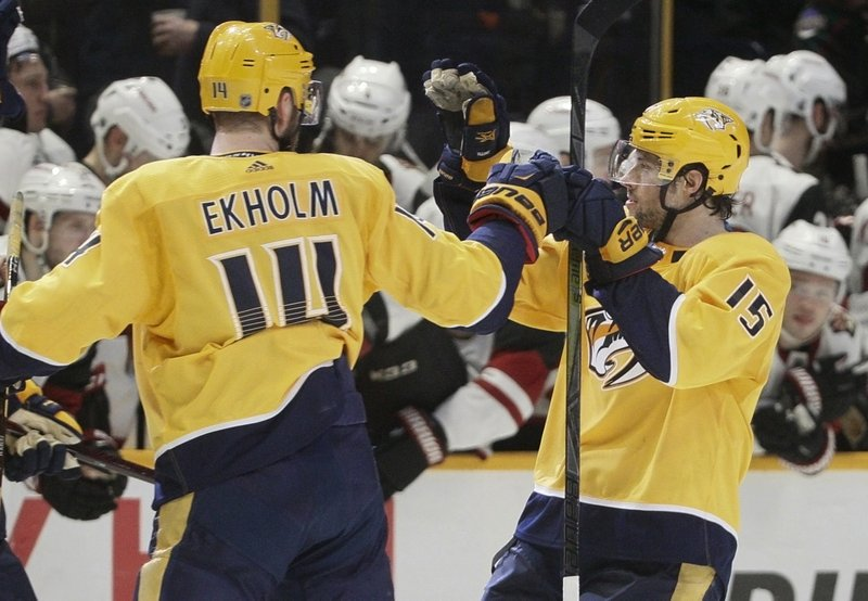 Mattias Ekholm, Craig Smith