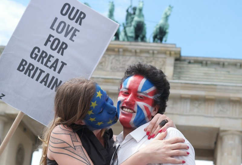 UK referendum campaign resumes in earnest with vote near