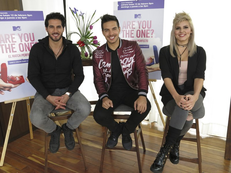 Adolfo de la Fuente, Deana Molina, Vadhir Derbez