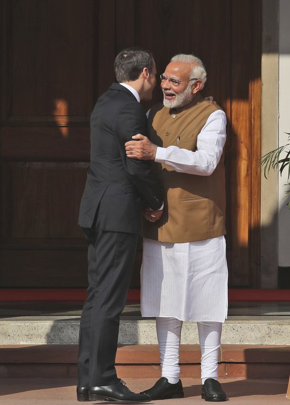 Narendra Modi, Emmanuel Macron