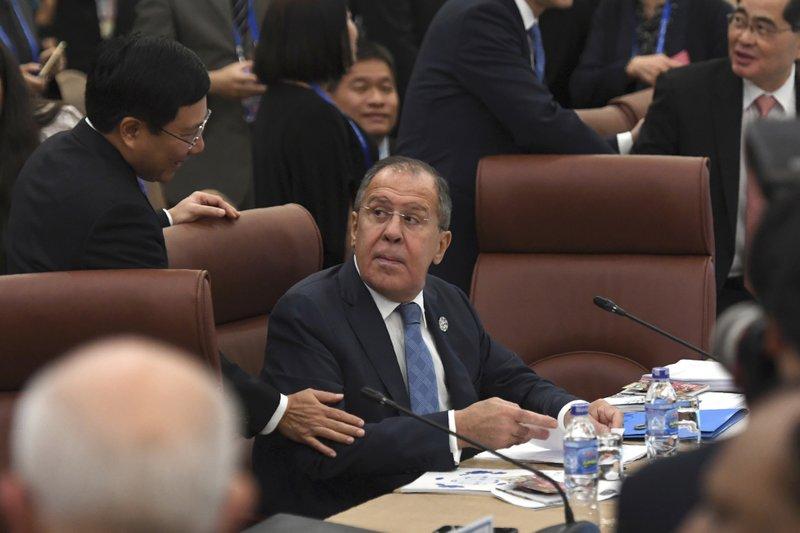 Pham Binh Minh, Sergey Lavrov
