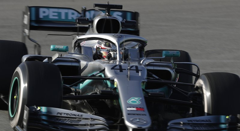 Mercedes' Wolff fears no-deal Brexit's effect on Formula One