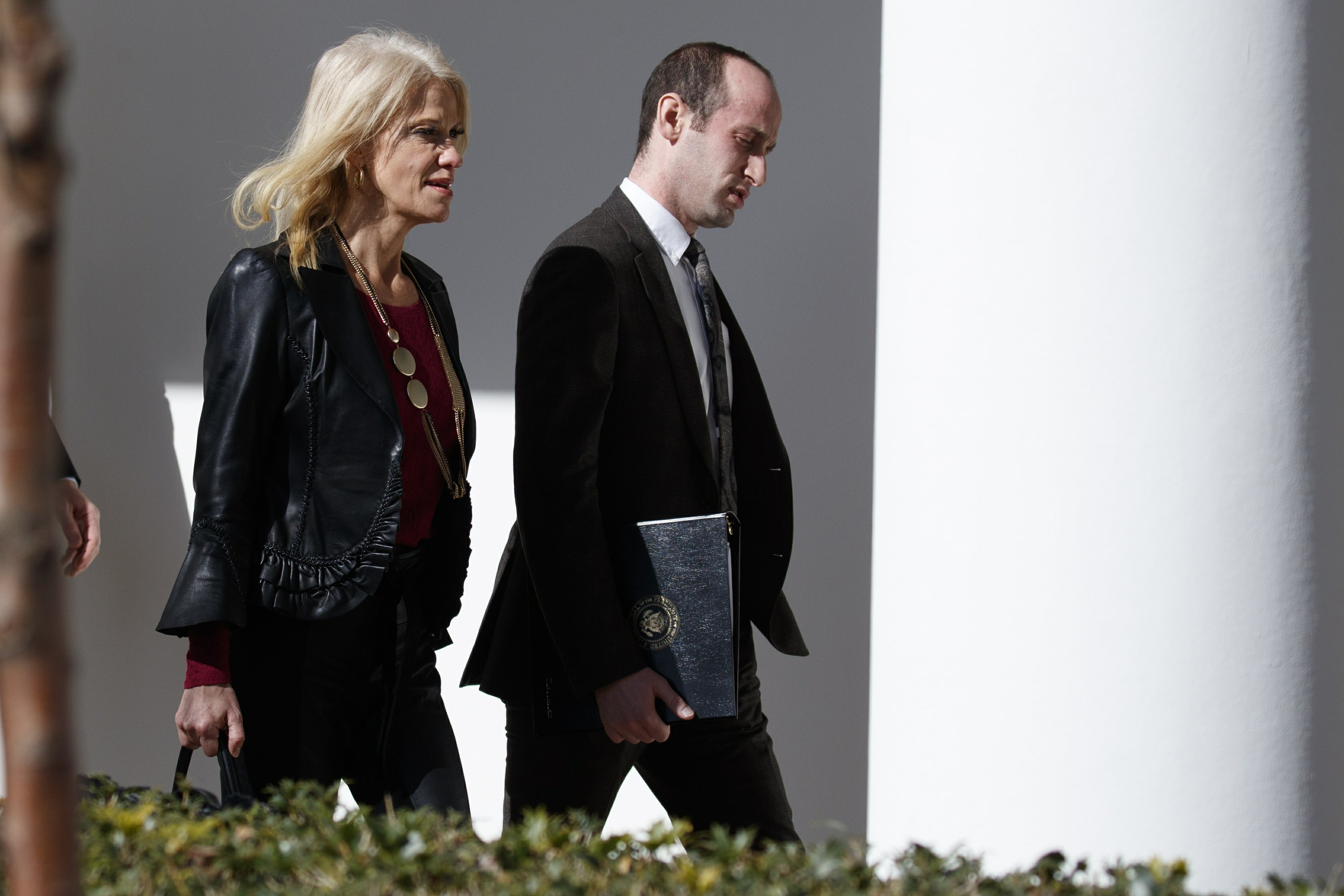 AP FACT CHECK: Trump aide pushes false story of vote fraud