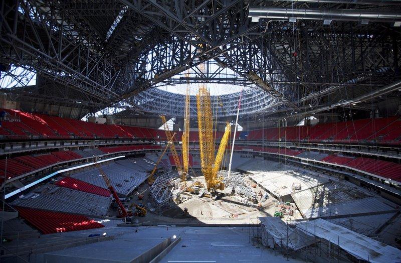 High hopes for new high tech atlanta stadium despite delays for Mercedes benz stadium atlanta capacity