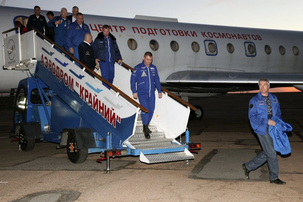 American and Russian to return to space in spring after aborted mission