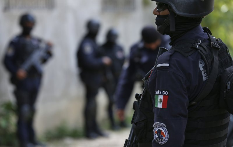 Mexico disarms Acapulco police force linked to drug gangs