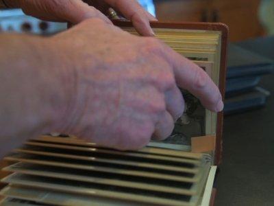 Scrapbooks Keep Memories Safe From Alzheimer's