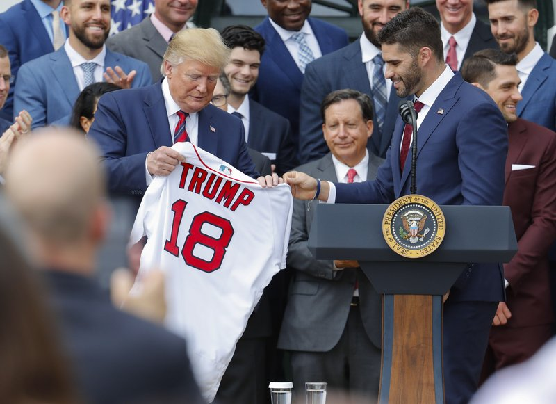 the latest b1a9a ea88e Against backdrop of controversy, Red Sox honored by Trump