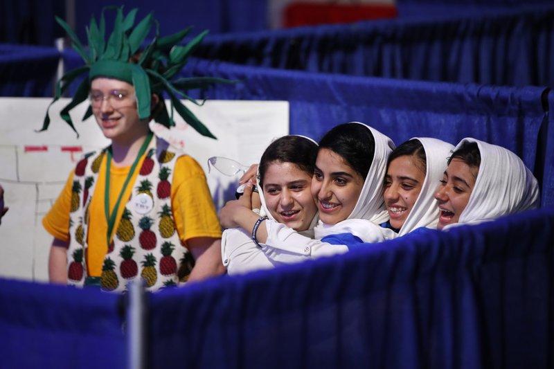 Kawsar Rashan, Lida Azizi, Somayeh Faruqi, Rodaba Noori