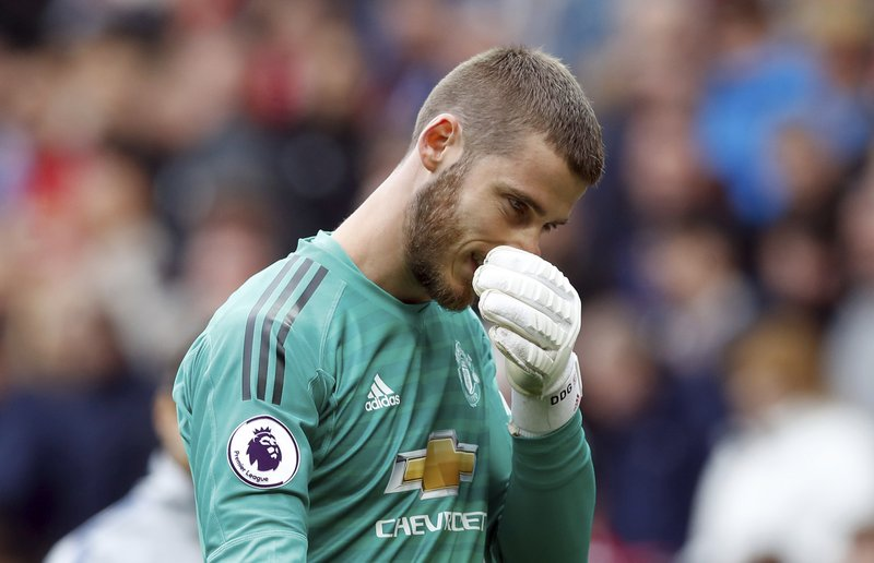 f56d975e01f David de Gea under scrutiny after mistakes at Man United