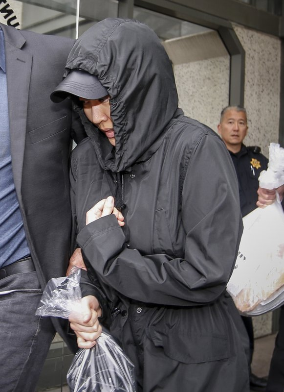 Prosecutors: Heiress changed his life then planned his death