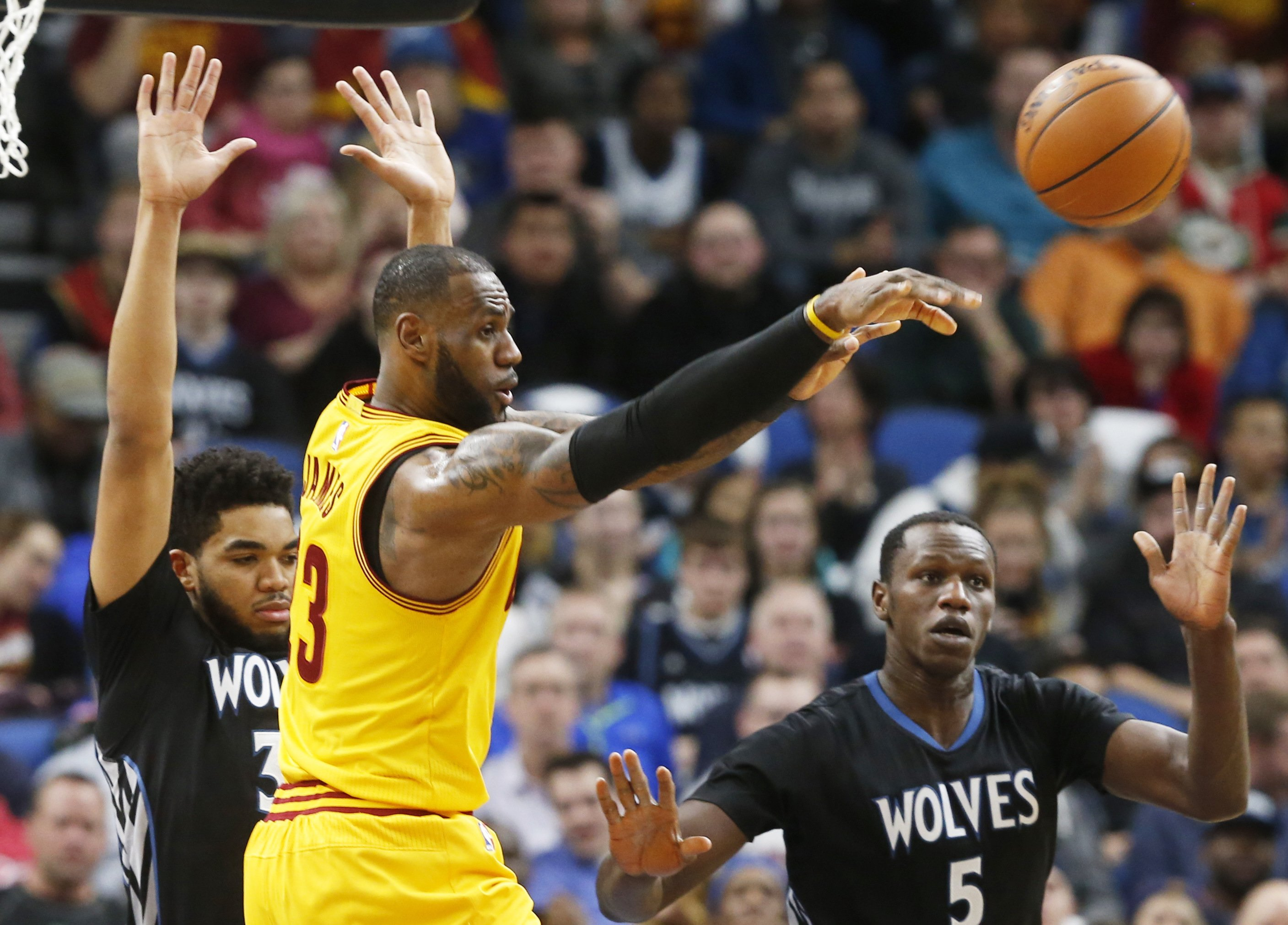 After losing Love for weeks, LeBron and Cavs beat Wolves