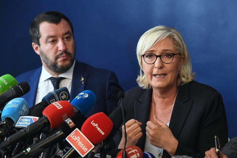 France's Le Pen distances herself from Bannon's Movement