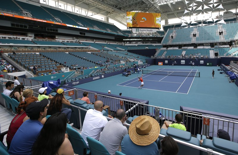 b4bf95fd Changeover: Miami Open tennis moves to Dolphins' home