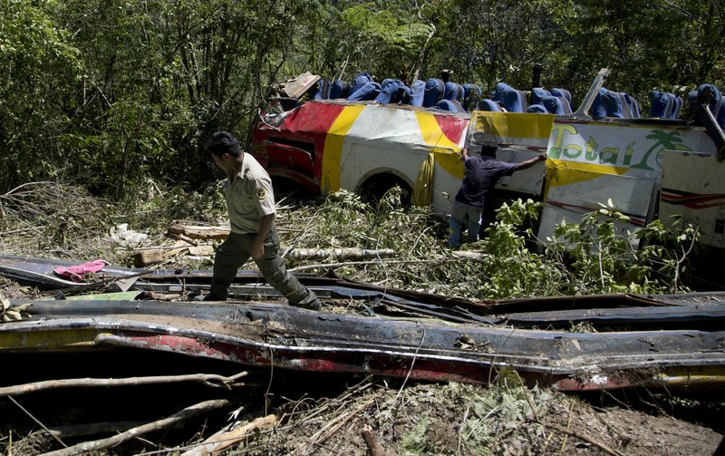 Bus crash kills at least 25 in Bolivia