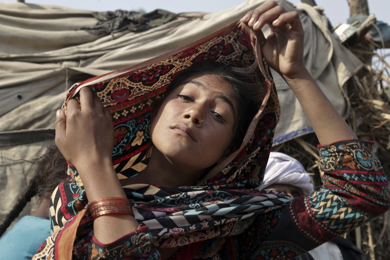 5245a2e917 Underage girls trapped in Pakistan bride exchanges