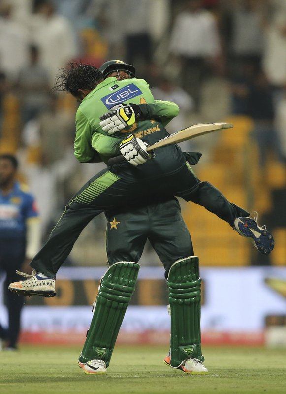 Shadab Khan, Sarfaraz Ahmed