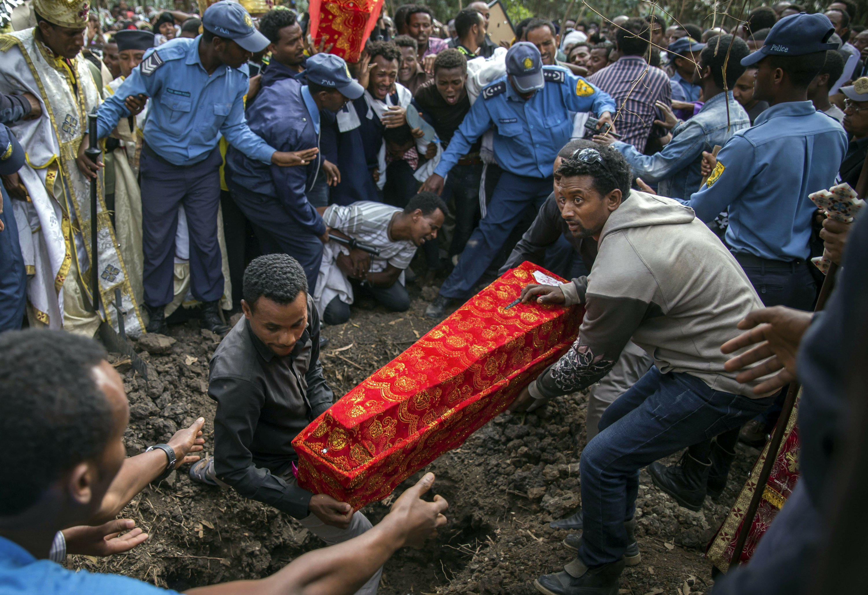 Death toll reaches 62 in Ethiopia landfill collapse