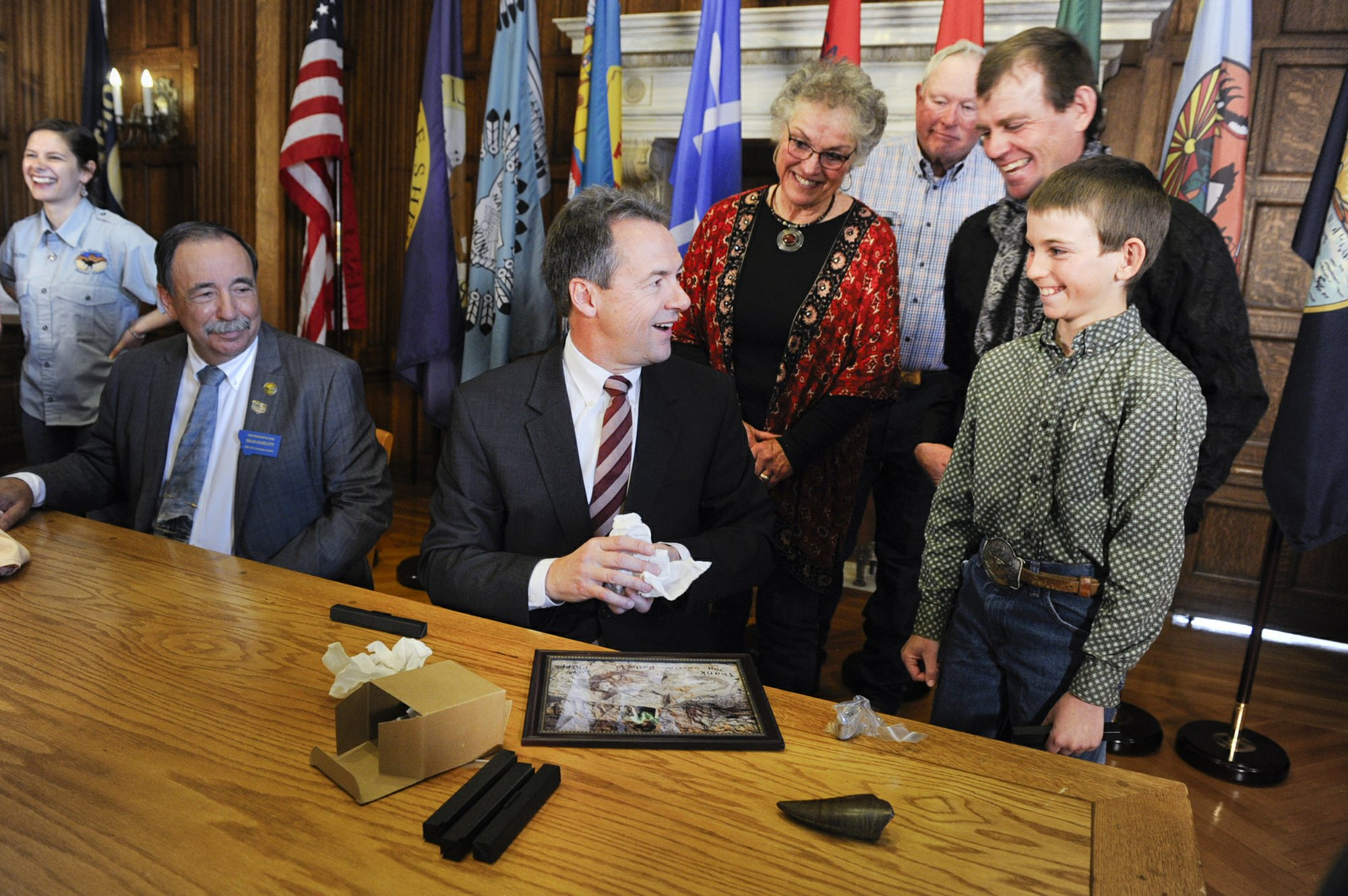 Governor signs bill clarifying ownership rights to fossils