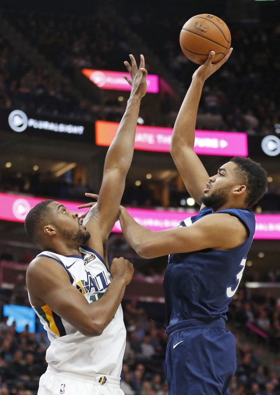 Derrick Favors, Karl-Anthony Towns