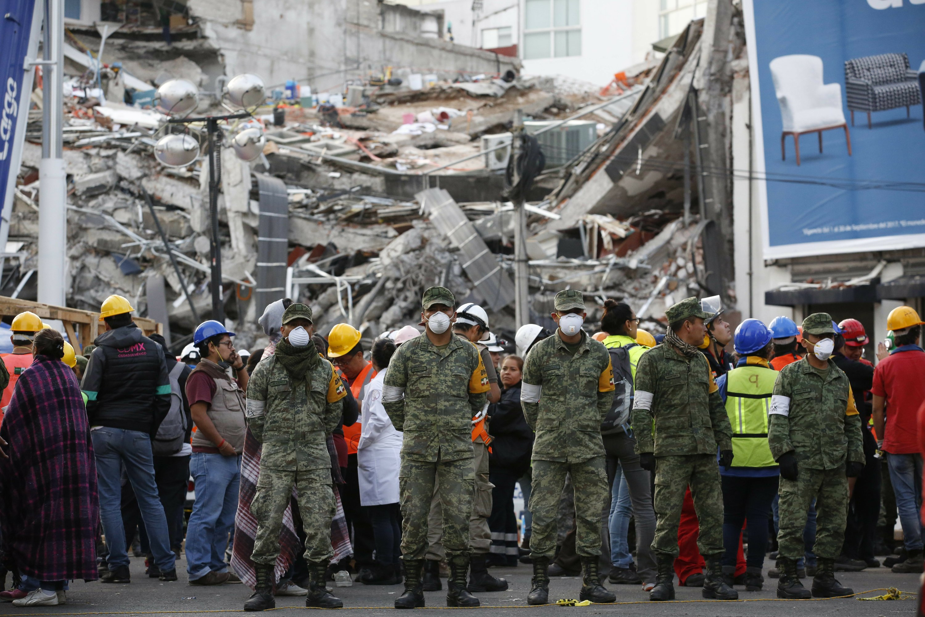 New earthquake, magnitude 6.1, shakes jittery Mexico
