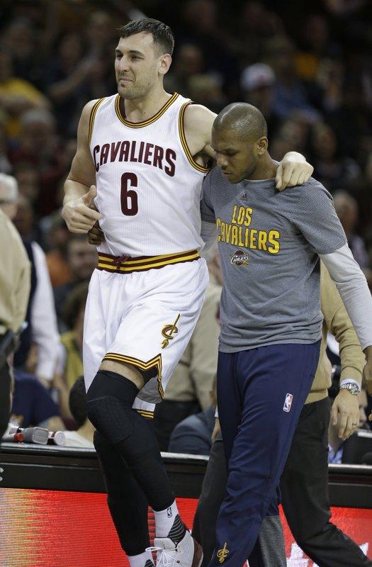 c2cbd9ad9ae Bogut breaks left leg in debut with Cavaliers