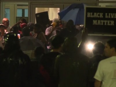 Raw: Protest Outside Downtown St. Louis Jail