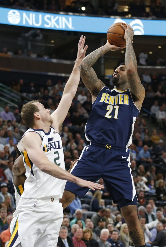 Wilson Chandler, Joe Ingles