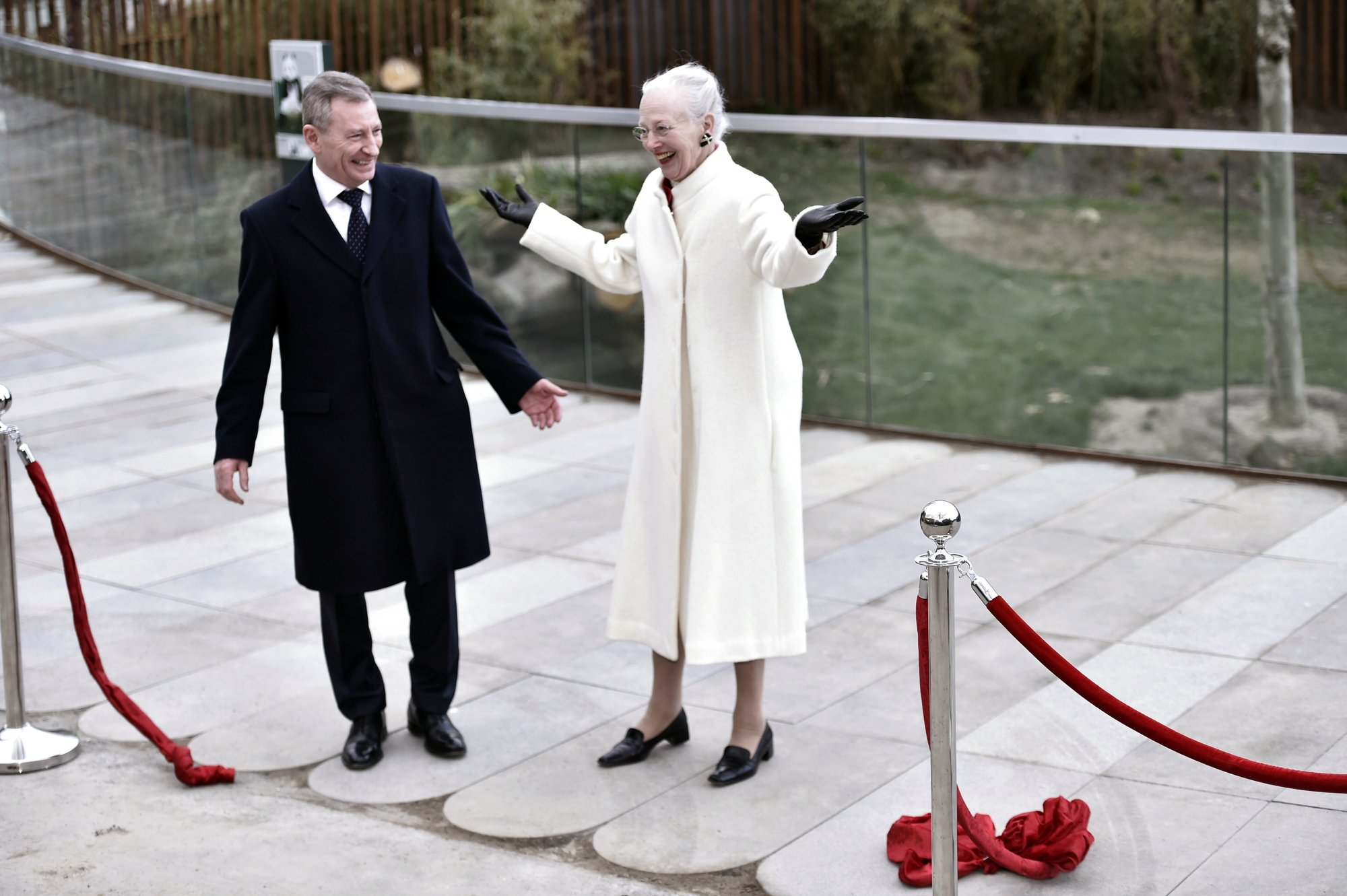 Chinese pandas get zoo enclosure fit for a queen's reception