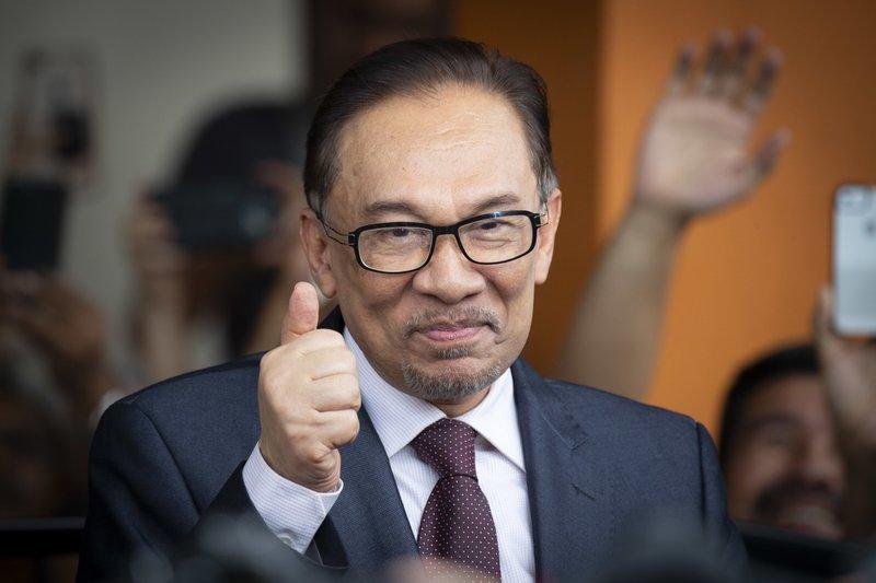 Malaysias Reformist Icon Anwar Freed Given Royal Pardon