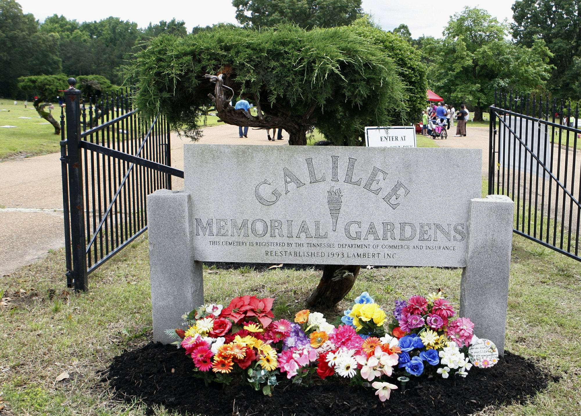 Jury Finds Tennessee Cemetery Mostly To Blame