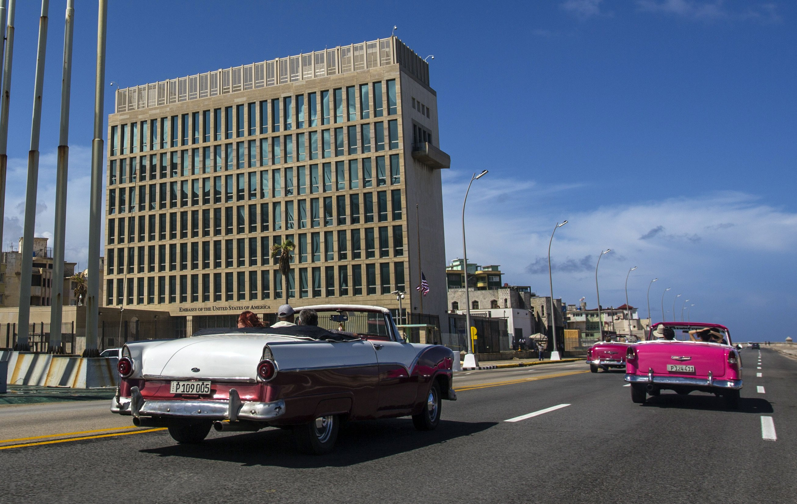Doctors find brain abnormalities in victims of Cuba mystery
