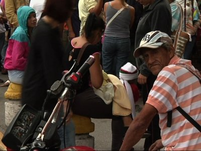 Amid Food Crisis, Life on the Line in Venezuela