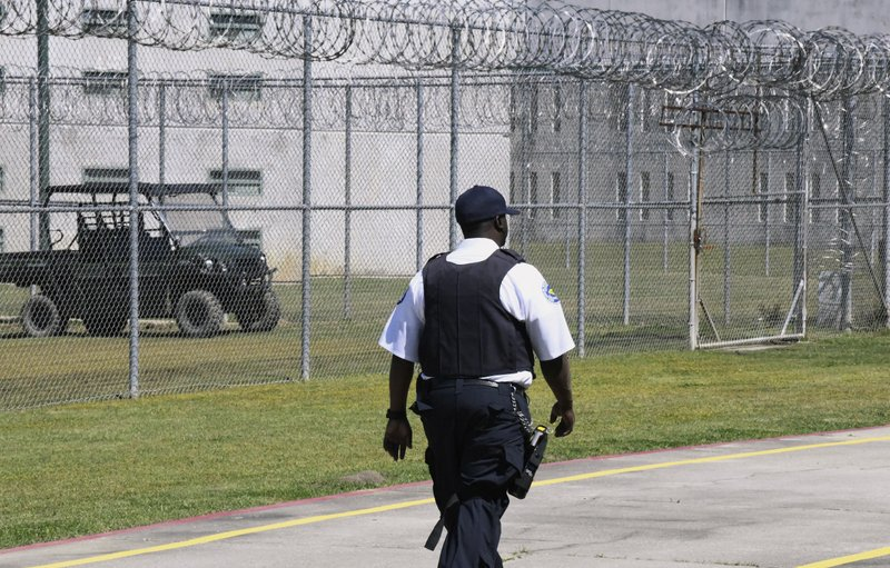 AP – Cellphone jamming tested at South Carolina state prison