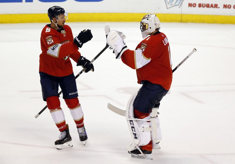 Luongo Blanks Canadiens Panthers Win 7th Straight At Home