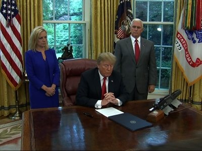 Trump Signs Order Stopping Family Separation