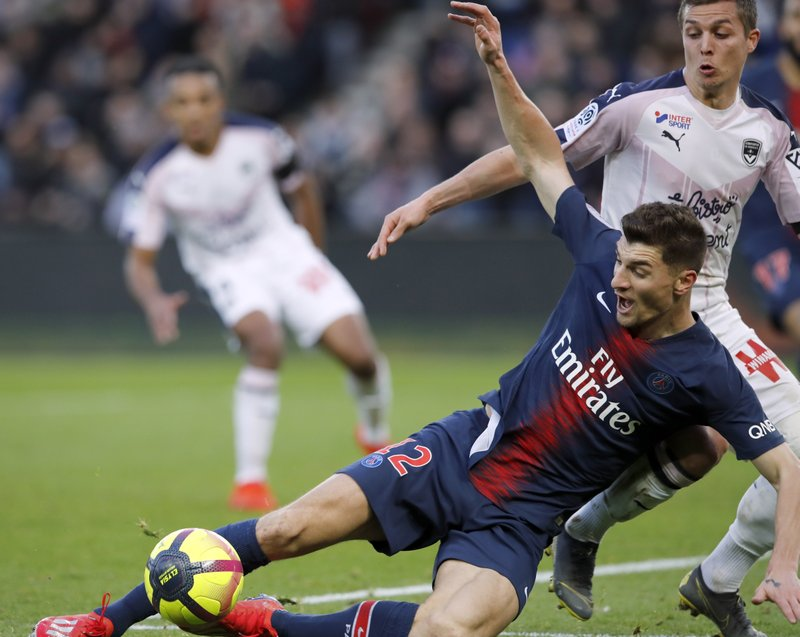5a752d4b4a0 Lille maintains Champions League push as rival Lyon loses