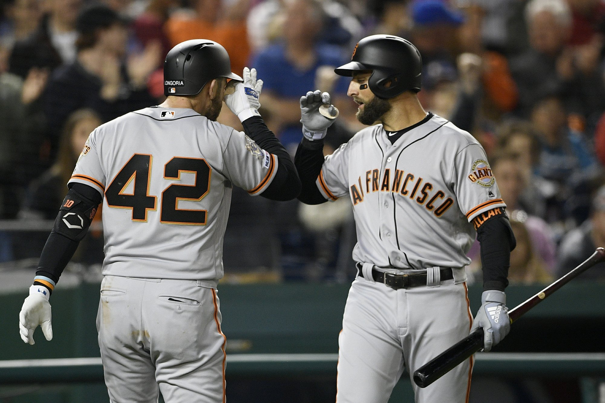 Giants break out with 3 HRs off Strasburg in 7-3 win at Nats
