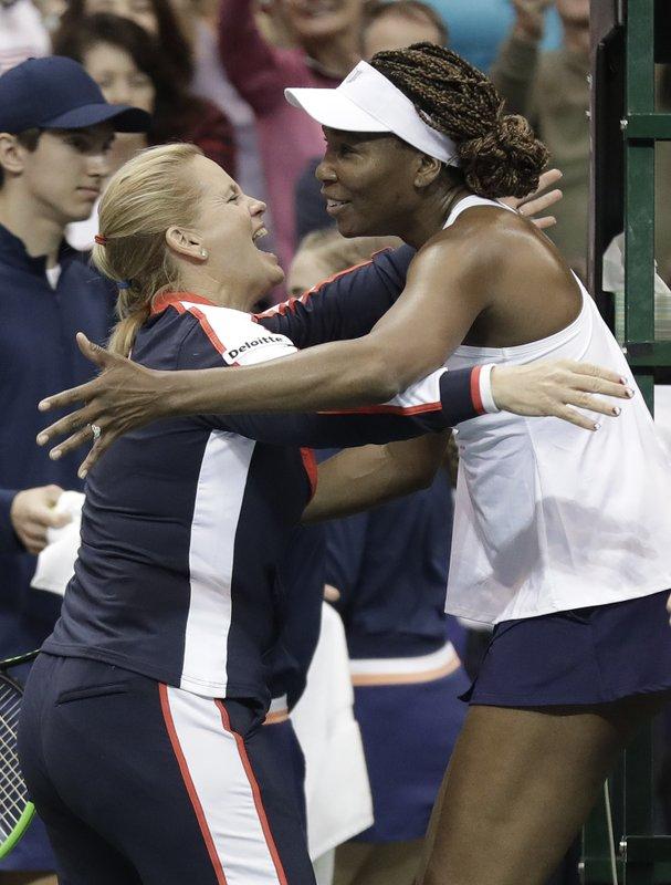 Venus Williams, Lisa Raymond