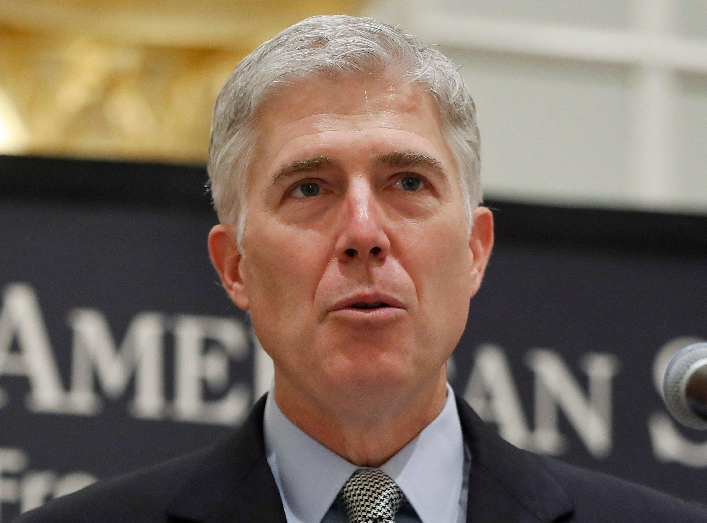 Supreme Court strikes down as vague part of immigration law