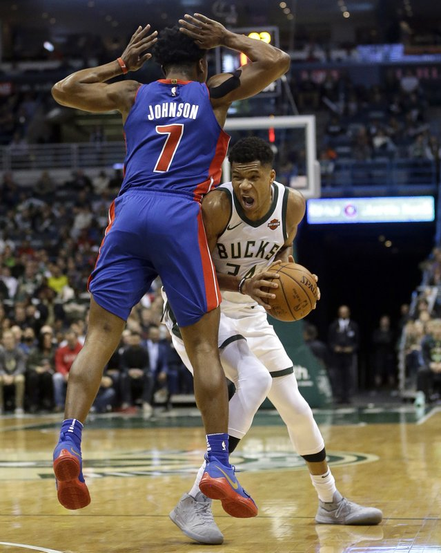 Giannis Antetokounmpo, Stanley Johnson