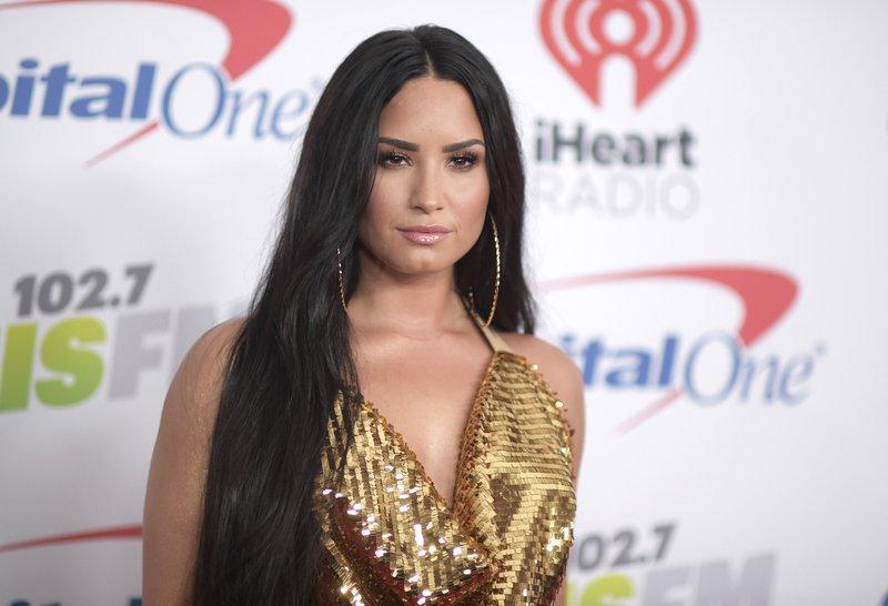 Demi Lovato gives heartfelt speech about mental health, addiction