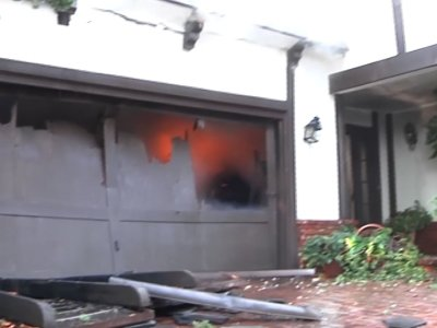 Raw: Crews Fight to Save Bel-Air Homes from Fire