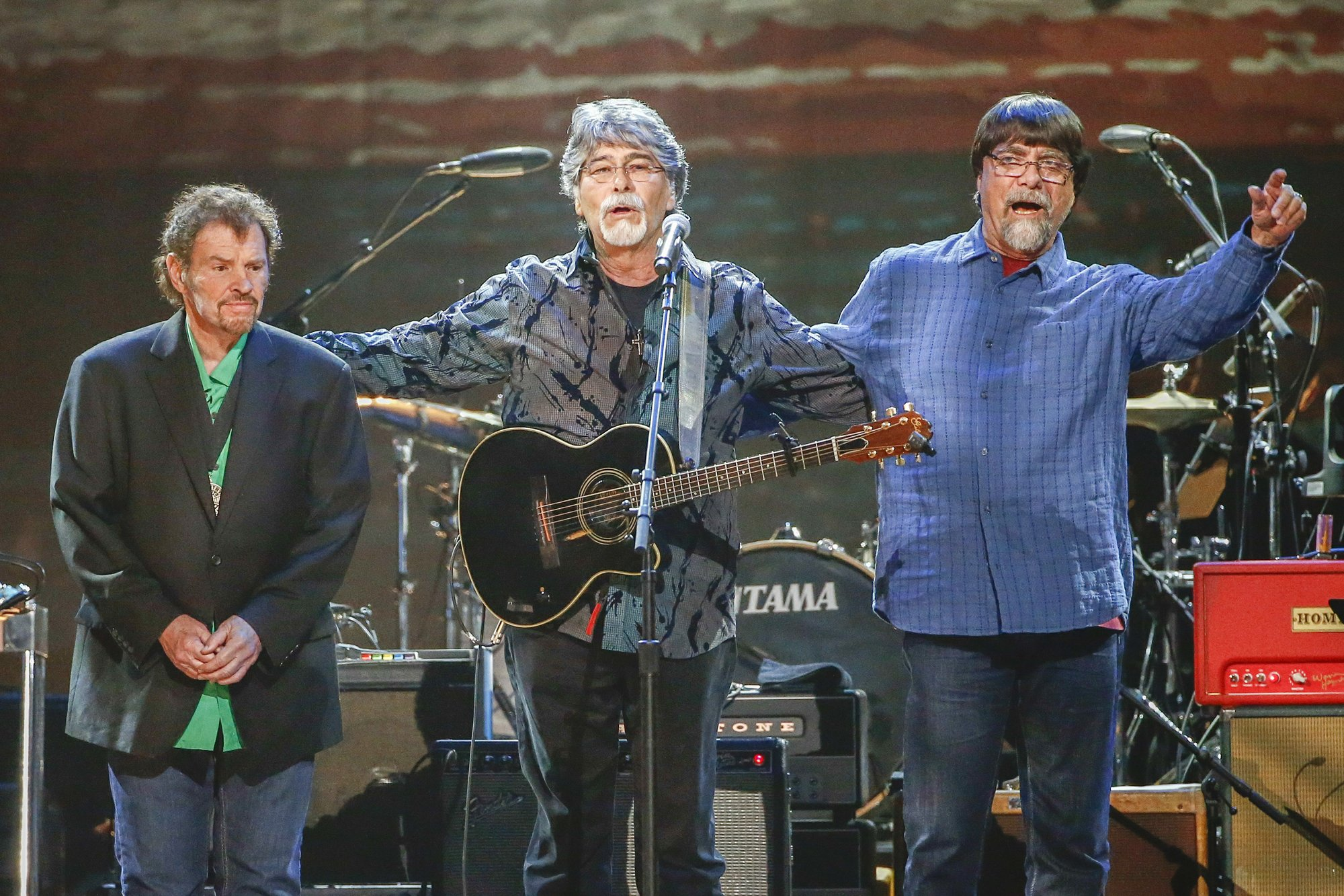 Country group Alabama extends 50th anniversary tour