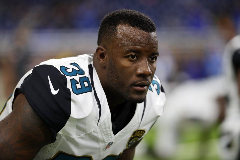 275e3ded7ef7ef Jags clear $30M in space by cutting Jackson, Gipson, others