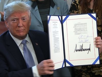 Trump Signs Law Aimed at Curbing Sex Trafficking