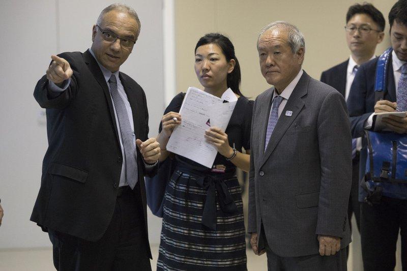 Shunichi Suzuki, Roberto Sa