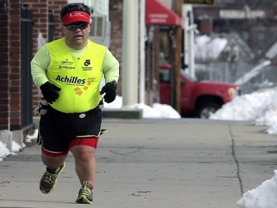 Marathoner With Dwarfism Inspiring Others