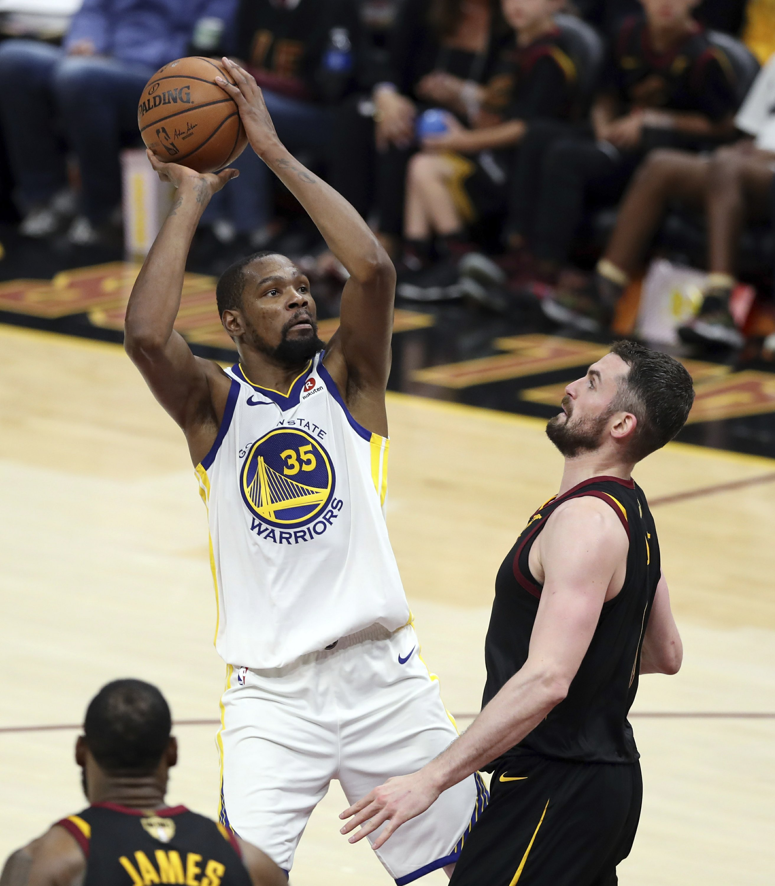 08373b4b The Latest: Durant leads Warriors to 110-102 win vs Cavs